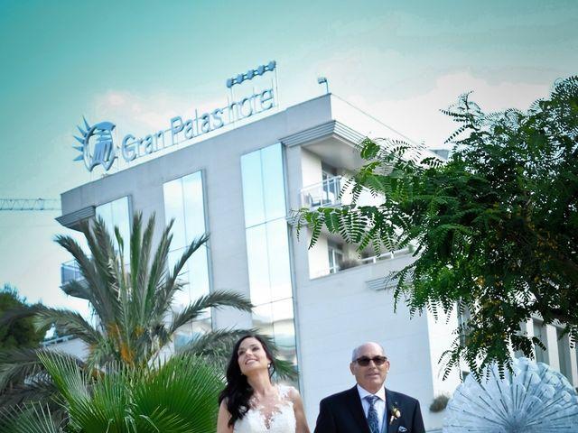 La boda de Javier y Esther en La Pineda, Tarragona 15