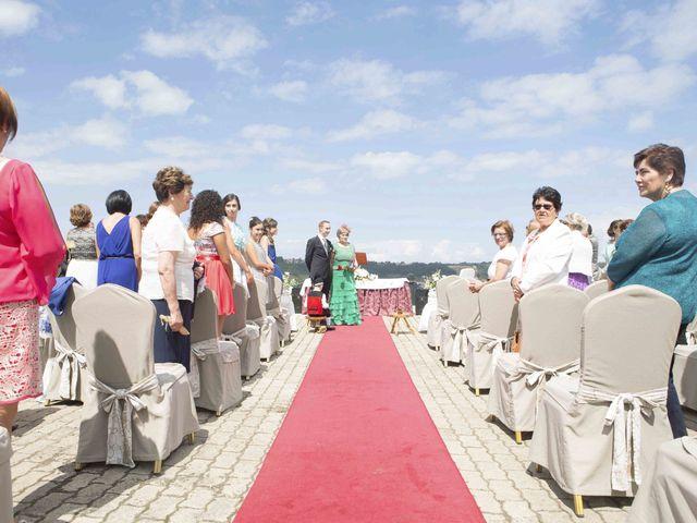 La boda de Miguel y Sara en Soto Del Barco, Asturias 2