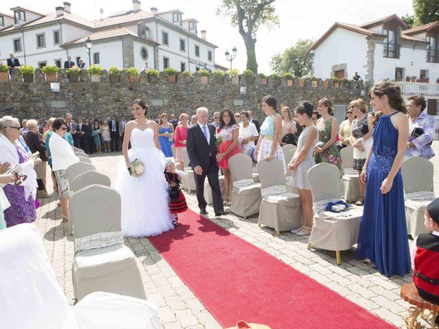 La boda de Miguel y Sara en Soto Del Barco, Asturias 5