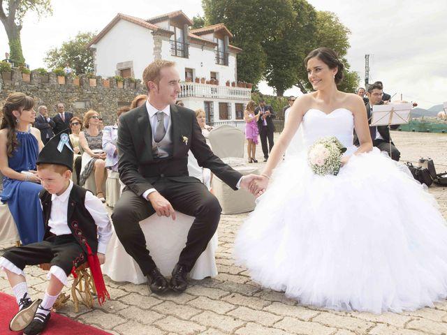 La boda de Miguel y Sara en Soto Del Barco, Asturias 6