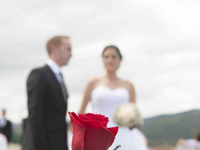 La boda de Miguel y Sara en Soto Del Barco, Asturias 12