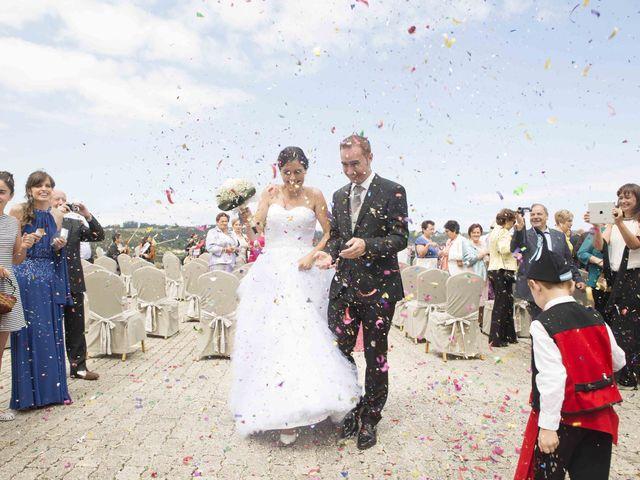 La boda de Miguel y Sara en Soto Del Barco, Asturias 16