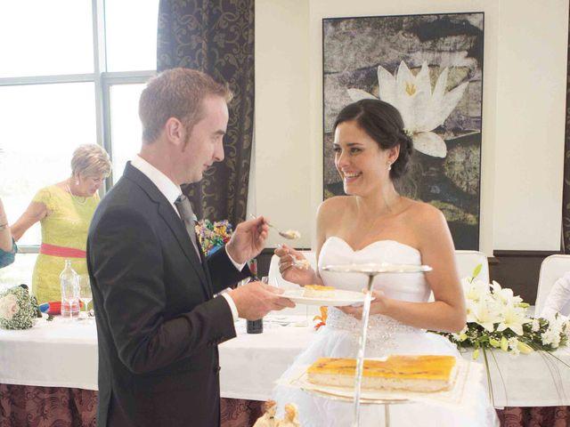 La boda de Miguel y Sara en Soto Del Barco, Asturias 18