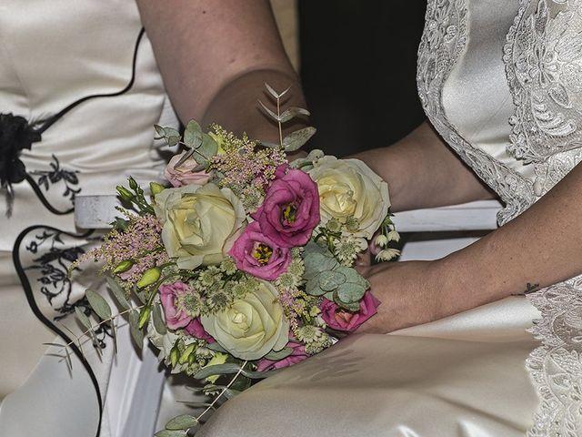La boda de Bea y Sara en Pedrola, Zaragoza 9