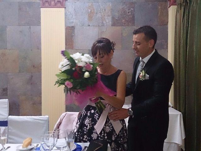 La boda de Ismael  y Amelia  en Alacant/alicante, Alicante 21