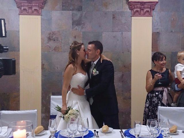 La boda de Ismael  y Amelia  en Alacant/alicante, Alicante 25