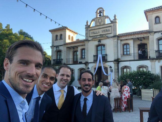 La boda de Danielle y Alejandro en Alacant/alicante, Alicante 4