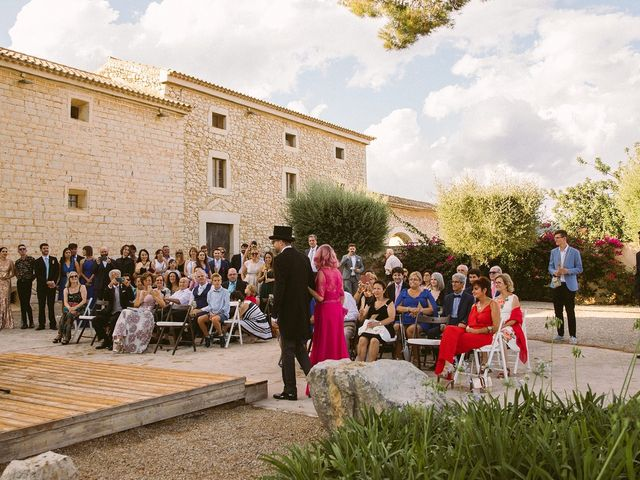 La boda de David y Lydia en Binissalem, Islas Baleares 39