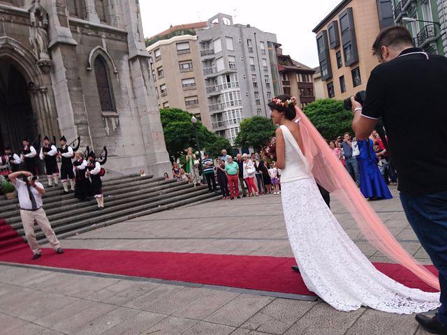 La boda de Enol y Carol en Avilés, Asturias 13