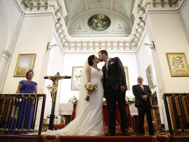 La boda de Julián y Irene  en Málaga, Málaga 12