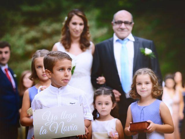 La boda de Alberto y Patricia en Hervas, Cáceres 15