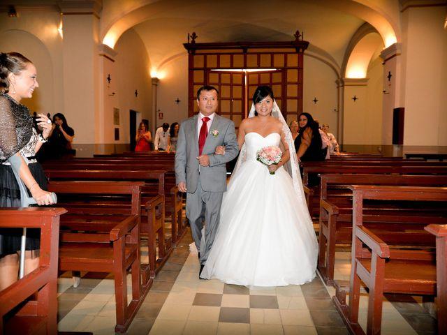 La boda de Carlos y Yris en Reus, Tarragona 11