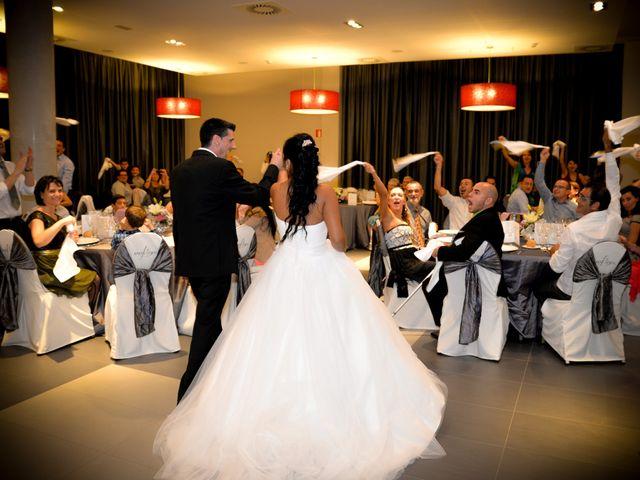 La boda de Carlos y Yris en Reus, Tarragona 19
