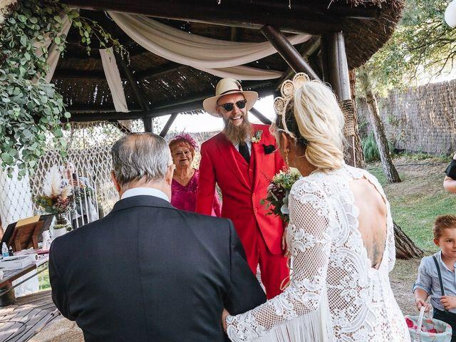 La boda de Jose y Eli en La Torre De Esteban Hambran, Toledo 15