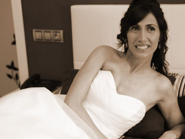 La boda de Yolanda y Antonio en Sant Adria De Besos, Barcelona 23