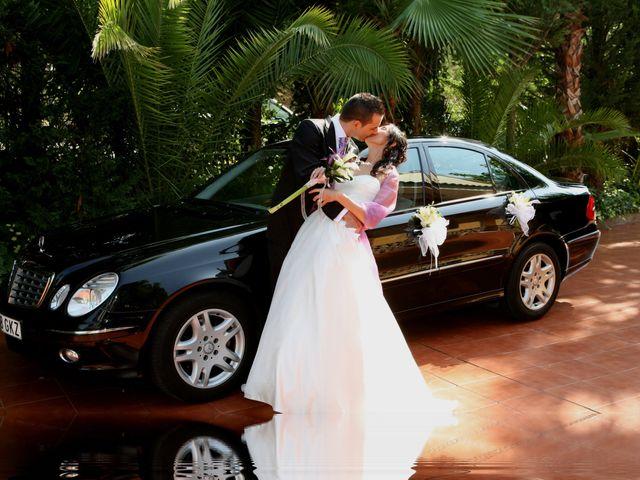 La boda de Yolanda y Antonio en Sant Adria De Besos, Barcelona 32