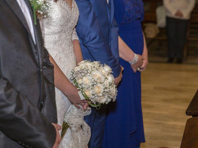La boda de Marcos y Elizabeth en Alcala Del Valle, Cádiz 14