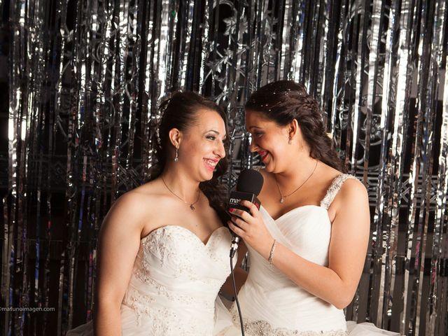 La boda de Raquel y Paula en Petrer, Alicante 16