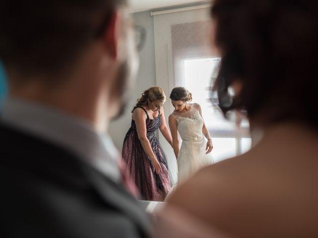 La boda de Sandra y Santi en L' Arboç, Tarragona 15