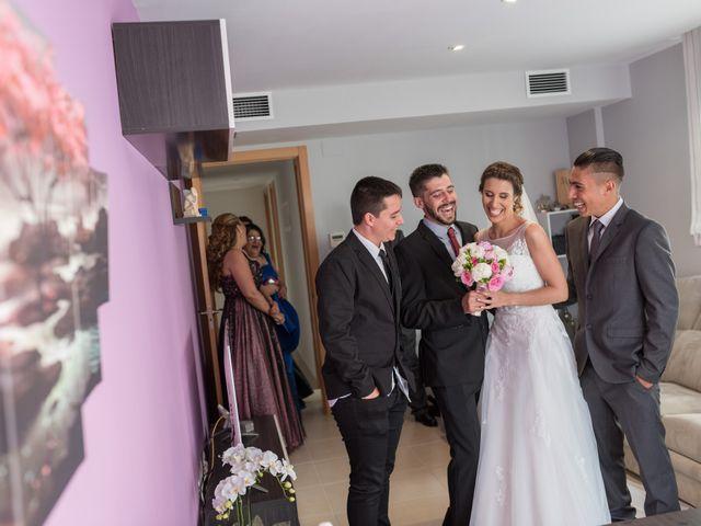 La boda de Sandra y Santi en L' Arboç, Tarragona 20