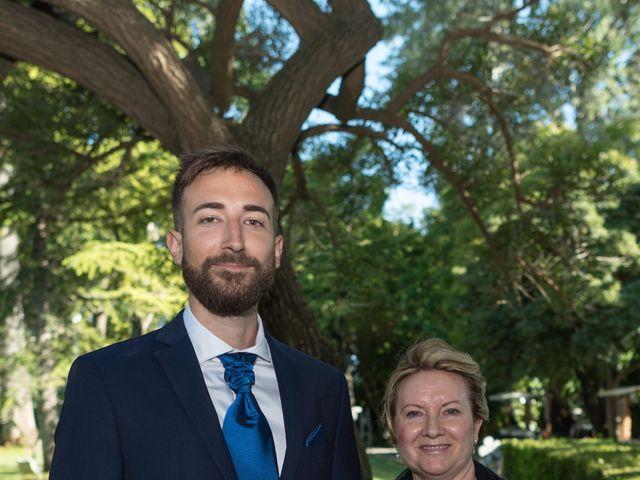 La boda de Sandra y Santi en L' Arboç, Tarragona 23