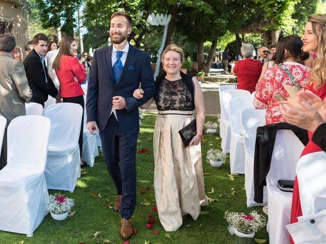 La boda de Sandra y Santi en L' Arboç, Tarragona 24