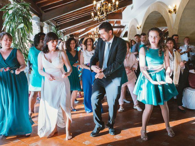 La boda de Santi y Olatz en Donostia-San Sebastián, Guipúzcoa 15