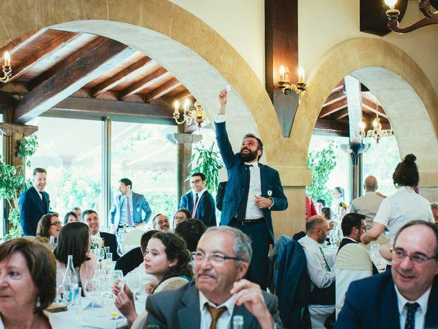 La boda de Santi y Olatz en Donostia-San Sebastián, Guipúzcoa 19