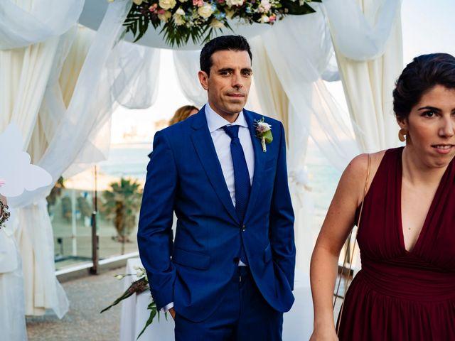 La boda de Juan Alberto y Irene en Calp/calpe, Alicante 13