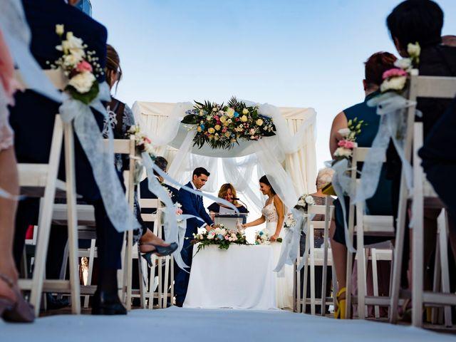 La boda de Juan Alberto y Irene en Calp/calpe, Alicante 17
