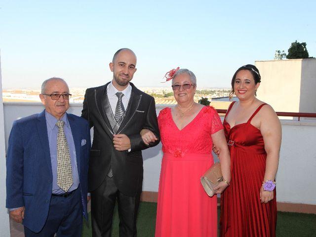 La boda de Oscar  y Ana en Castilleja De La Cuesta, Sevilla 15