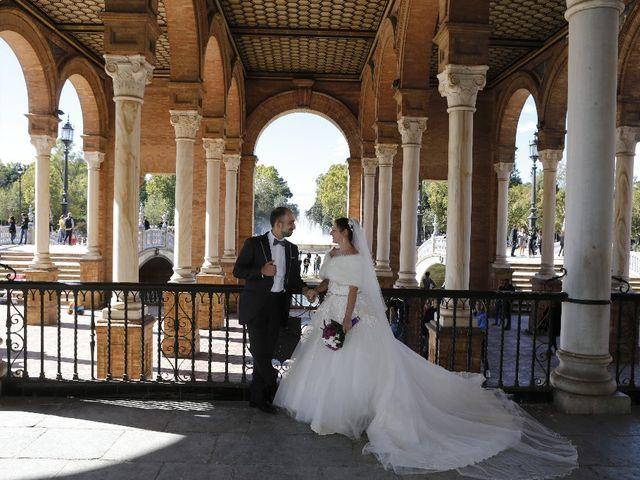 La boda de Oscar  y Ana en Castilleja De La Cuesta, Sevilla 23