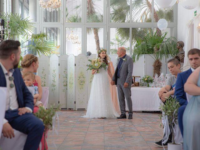 La boda de Dominic y Anabel en Sevilla, Sevilla 2