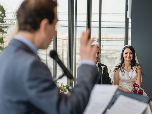 La boda de Andreea y Alejandro en Barcelona, Barcelona 24