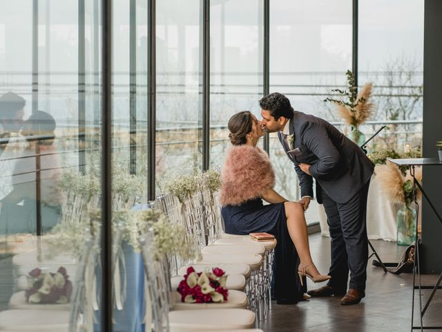 La boda de Andreea y Alejandro en Barcelona, Barcelona 43