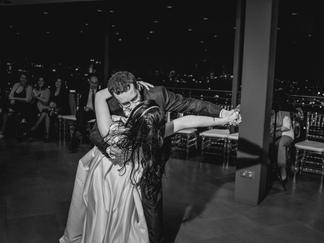La boda de Andreea y Alejandro en Barcelona, Barcelona 54