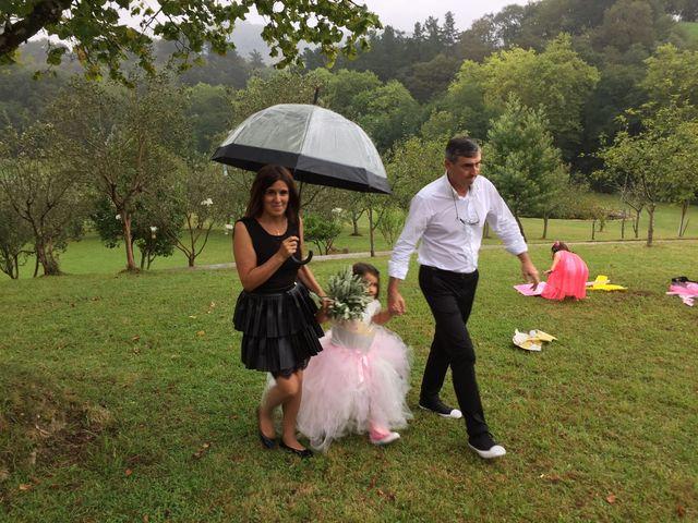La boda de Gon y Nere en Hernani, Guipúzcoa 25