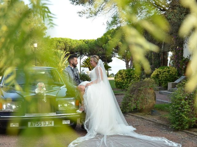 La boda de Carlos y Sheila en Premia De Dalt, Barcelona 2
