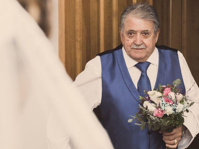 La boda de Isaac y Beatriz en Saelices, Cuenca 15