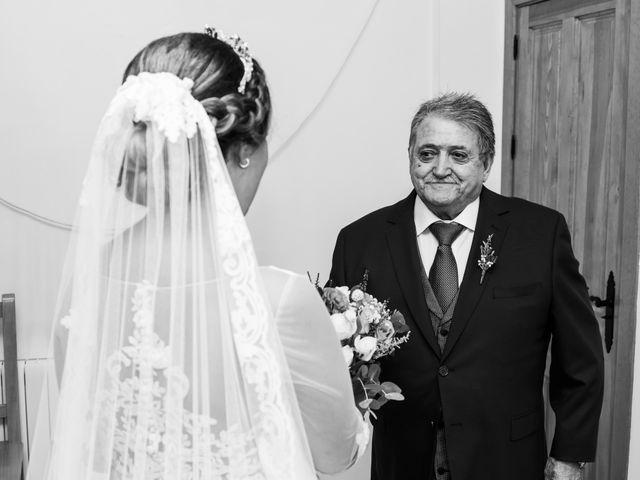 La boda de Isaac y Beatriz en Saelices, Cuenca 16