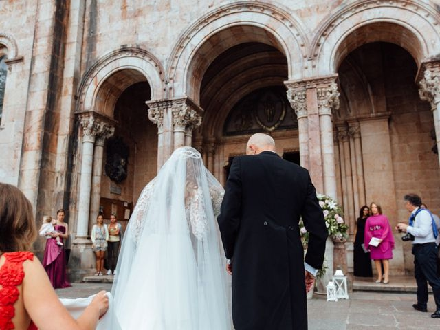 La boda de Rubén y Belén en Cangas De Onis, Asturias 38