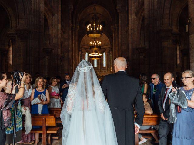 La boda de Rubén y Belén en Cangas De Onis, Asturias 40