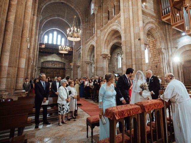 La boda de Rubén y Belén en Cangas De Onis, Asturias 41