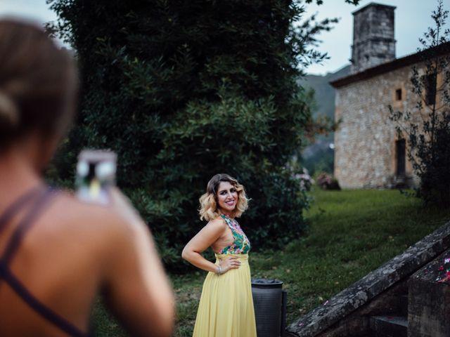 La boda de Rubén y Belén en Cangas De Onis, Asturias 68