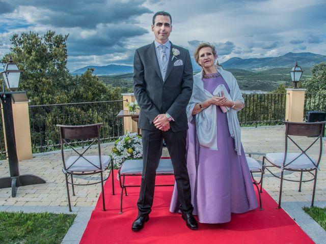 La boda de Jose y Silvia en El Berrueco, Jaén 18