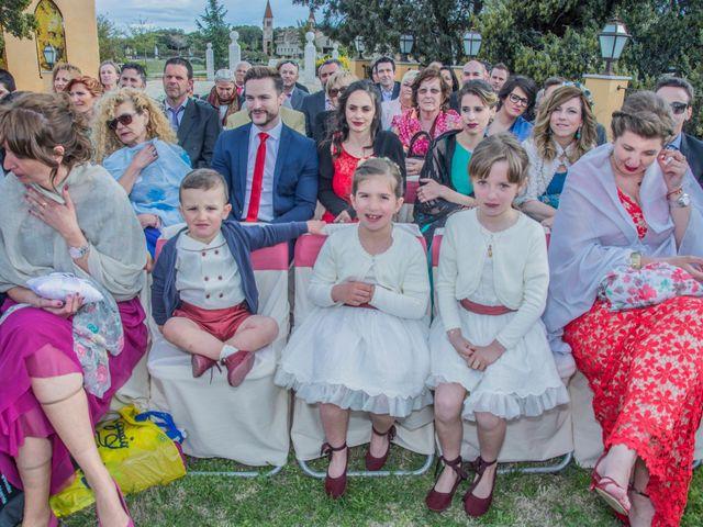La boda de Jose y Silvia en El Berrueco, Jaén 21