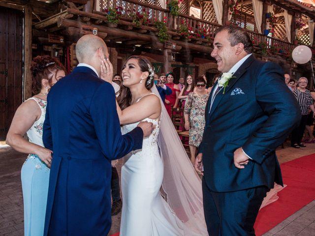 La boda de Daniel y Mercedes en Villarrubia De Los Ojos, Ciudad Real 4