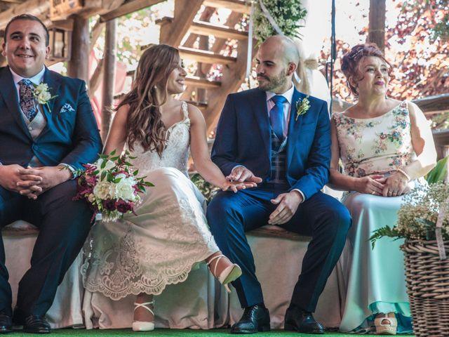 La boda de Daniel y Mercedes en Villarrubia De Los Ojos, Ciudad Real 6