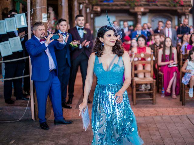 La boda de Daniel y Mercedes en Villarrubia De Los Ojos, Ciudad Real 17