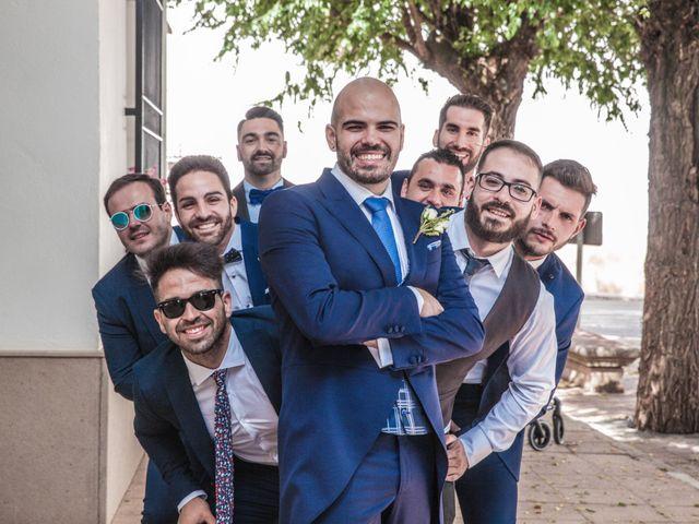 La boda de Daniel y Mercedes en Villarrubia De Los Ojos, Ciudad Real 32